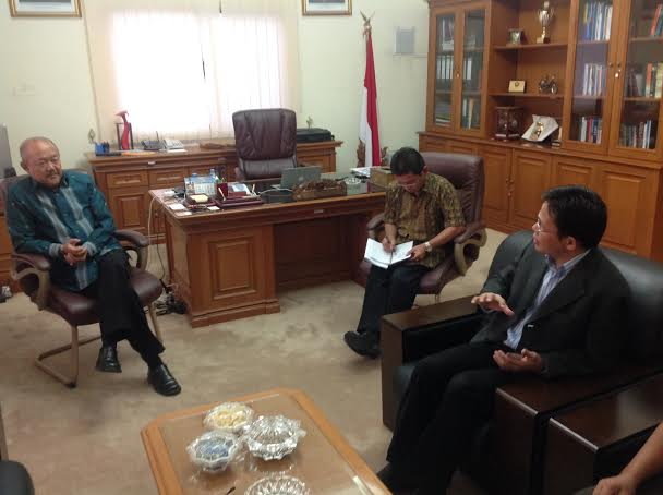 Meeting of MMSI Faculty Member and the Indonesia's Ambassador of Qatar